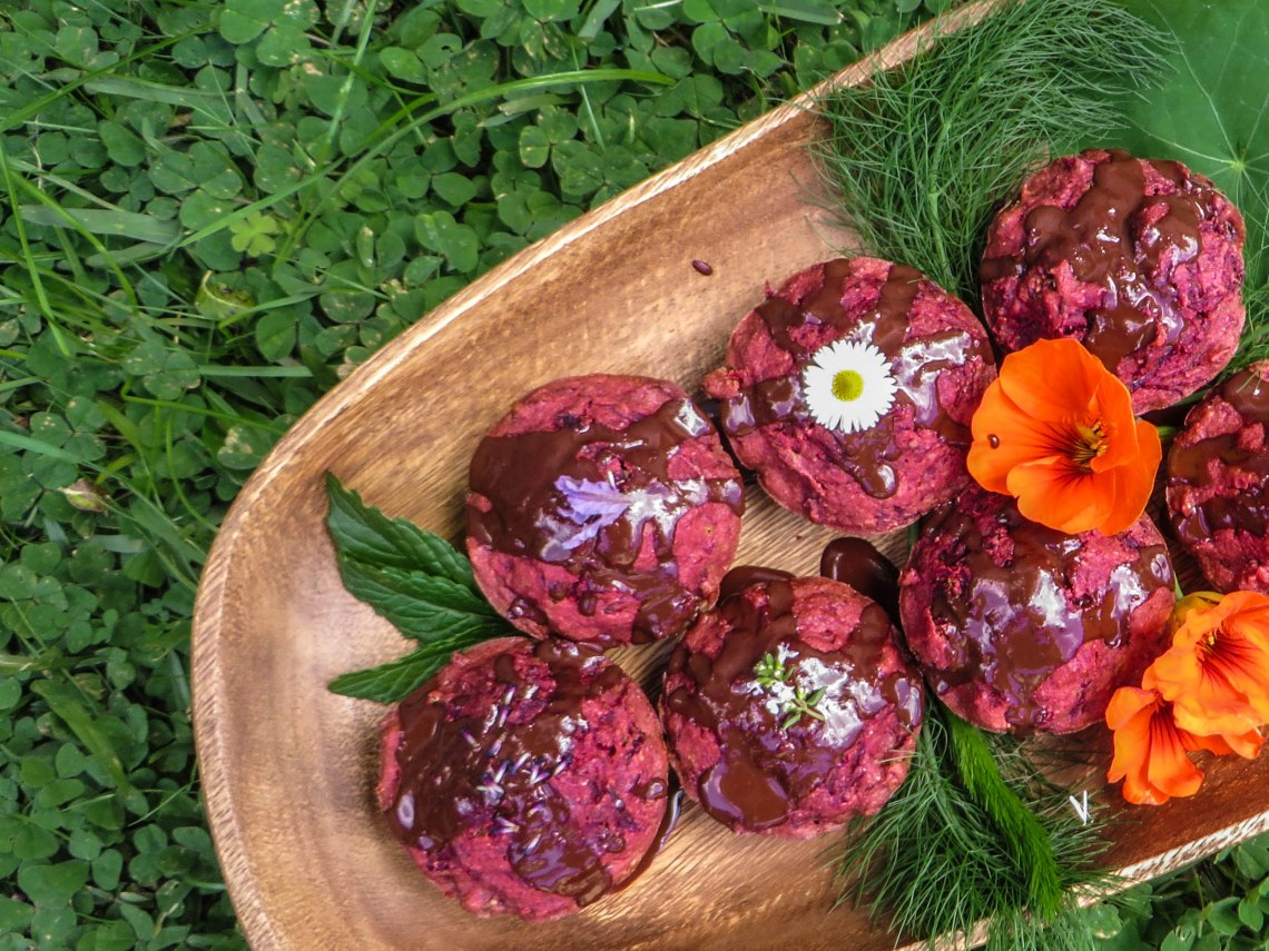 beetroot-muffins-1-2